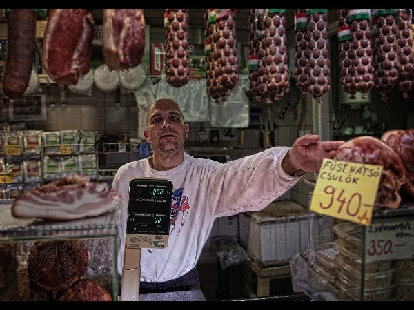 england_jane-m-lines-lrps-cpagb_norbert-sells-meat_digital-phototravel_highly-commended