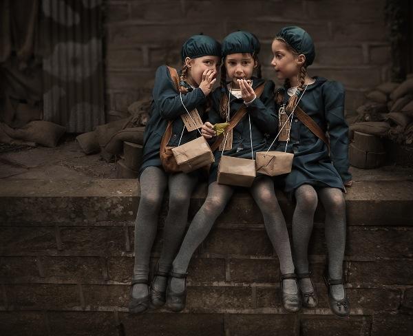 england_kt-allen_evacuee-triplets_digital-opengeneral_highly-commended