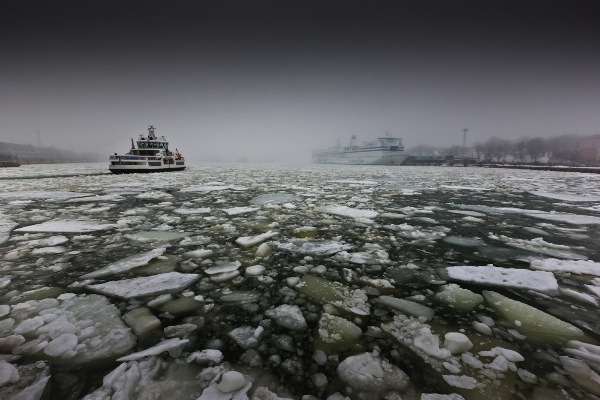 finland_alan-deakins_ferry-ice_digital-phototravel_commended