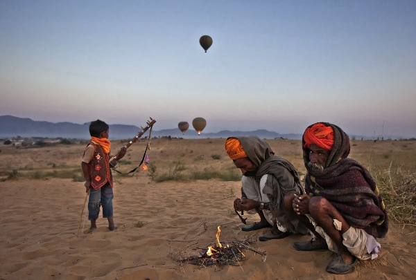 india_lopamudra-talukdar_day-begins-at-thar-desert_digital-phototravel_wpf-medal