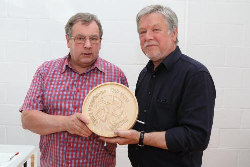 Tom Dee recieving the award from Kevin Thomas FRPS,MA,HonFWPF.jpg