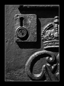 009_keyhole