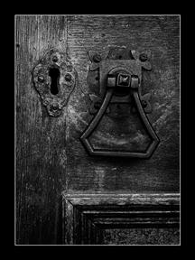 010_keyhole
