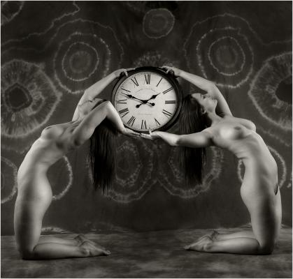 235 Art Deco Clock.jpg