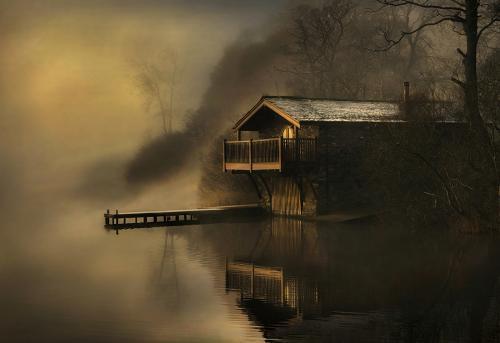 417 The Boathouse.jpg