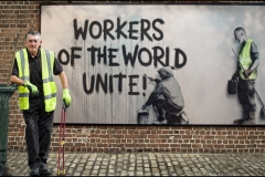 01-Workers-of-the-world-unite